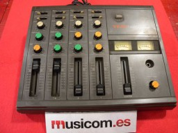 TEAC M-09 AUDIO MIXER